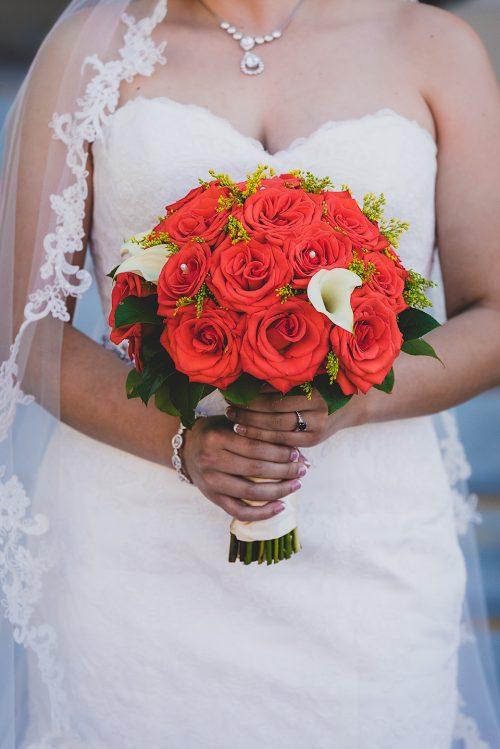 bride-red-bouquet-san-diego-photographer