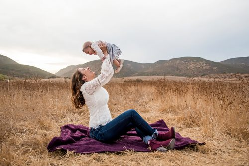 momma-holding-baby-in-the-air-san-diego-photographer
