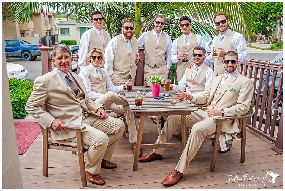 groomsmen-hanging-out-drinking-before-the-ceremony