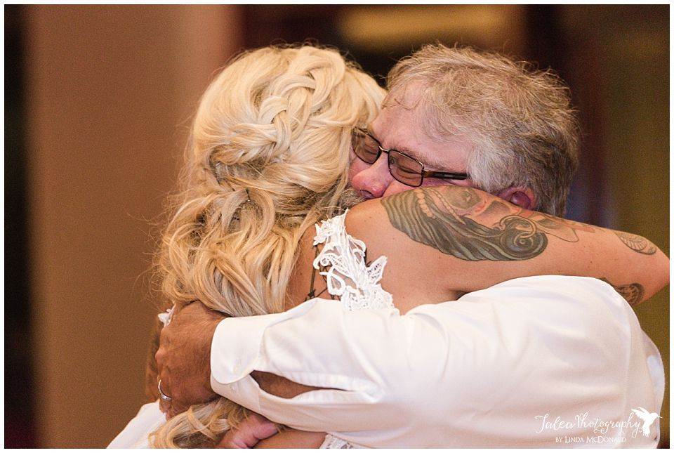father-daughter-dance-wedding-reception
