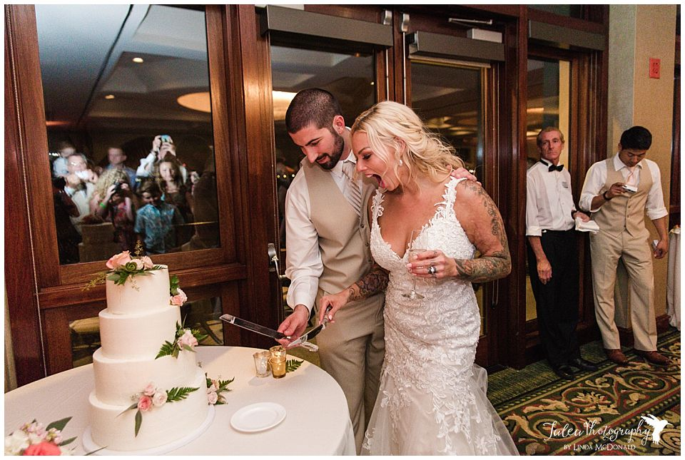 cake-cutting-wedding-reception-catamaran-resort-spa-san-diego