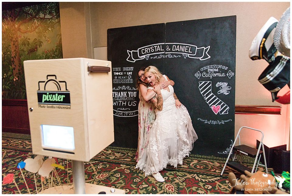 maid-of-honor-bride-posing-in-pixter-san-diego-photo-booth
