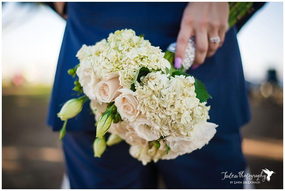 pretty-bridal-bouquet-san-diego-harbor-island-wedding