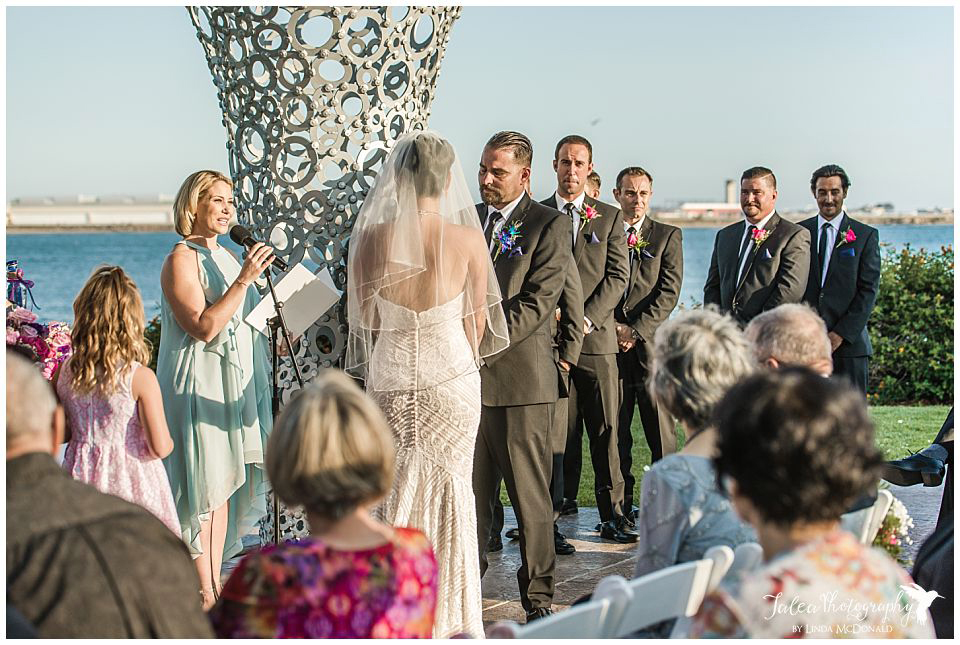 wedding-ceremony-at-tom-ham's-lighthouse