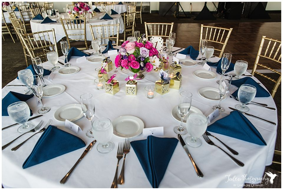 Wedding-reception-table-setting-Tom-Ham's-Lighthouse-San-Diego