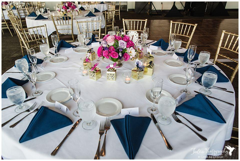 Wedding-reception-table-setting-Tom-Ham's-Lighthouse-San-Diego