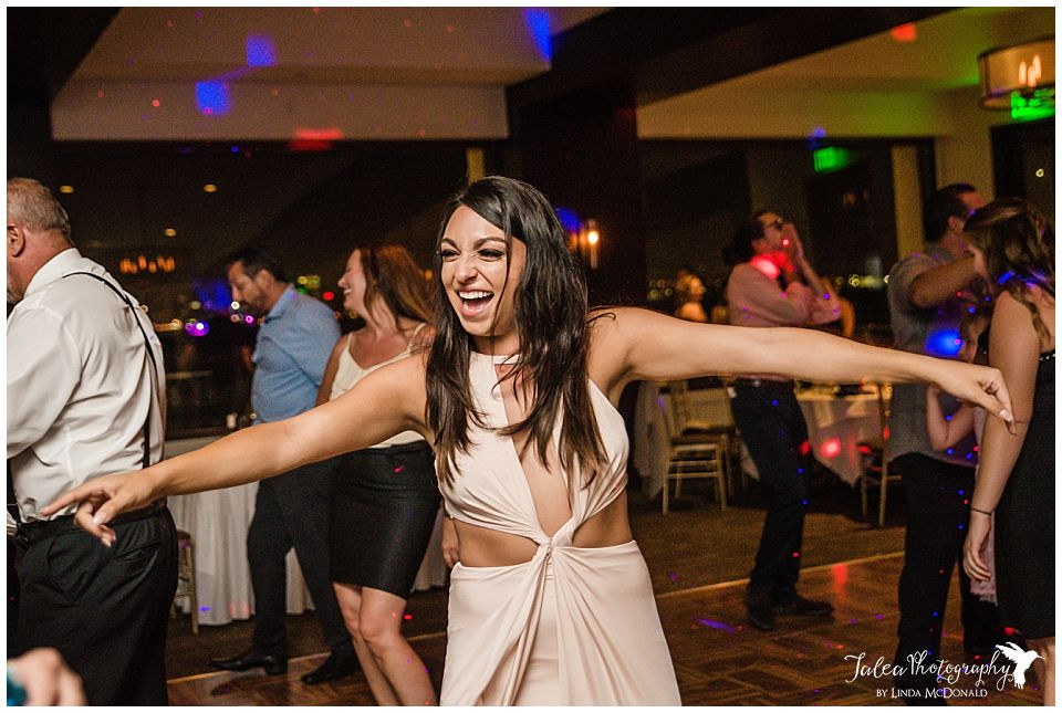 guest-having-fun-dancing-at-reception
