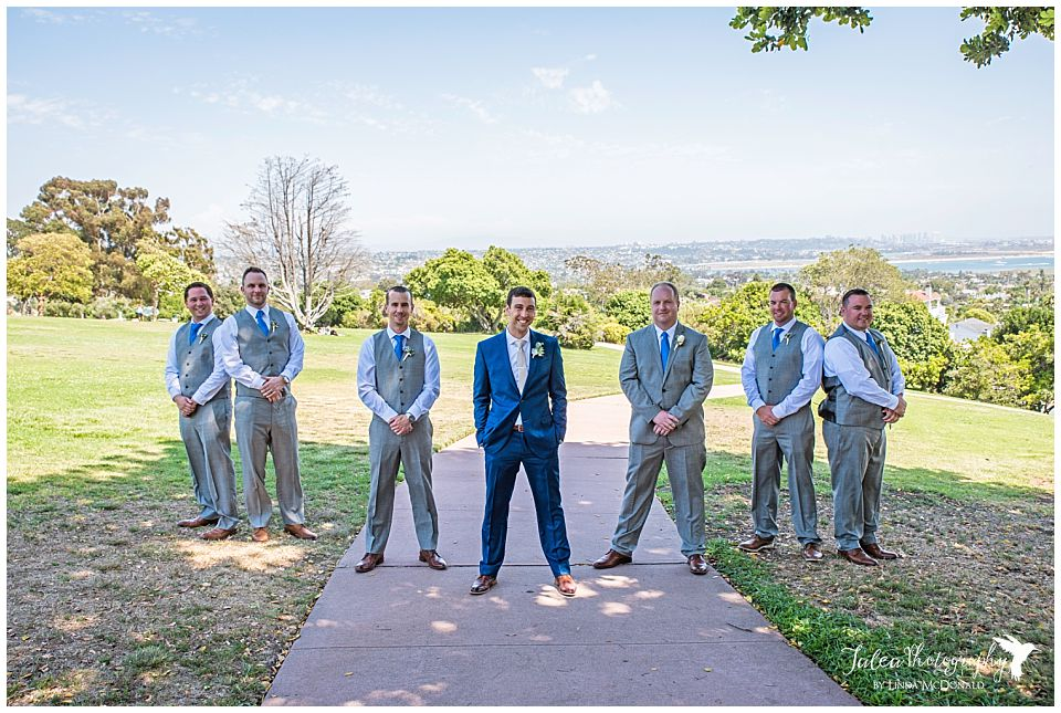 groom-groomsmen-posing-park-kate-sessions-park