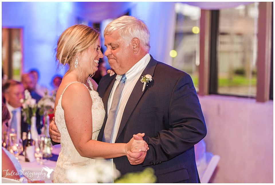 father-daughter-dance-at-wedding-reception
