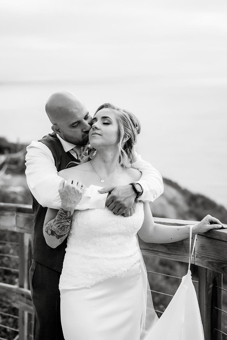 romantic black and white couples photography outdoor wedding venues in san diego