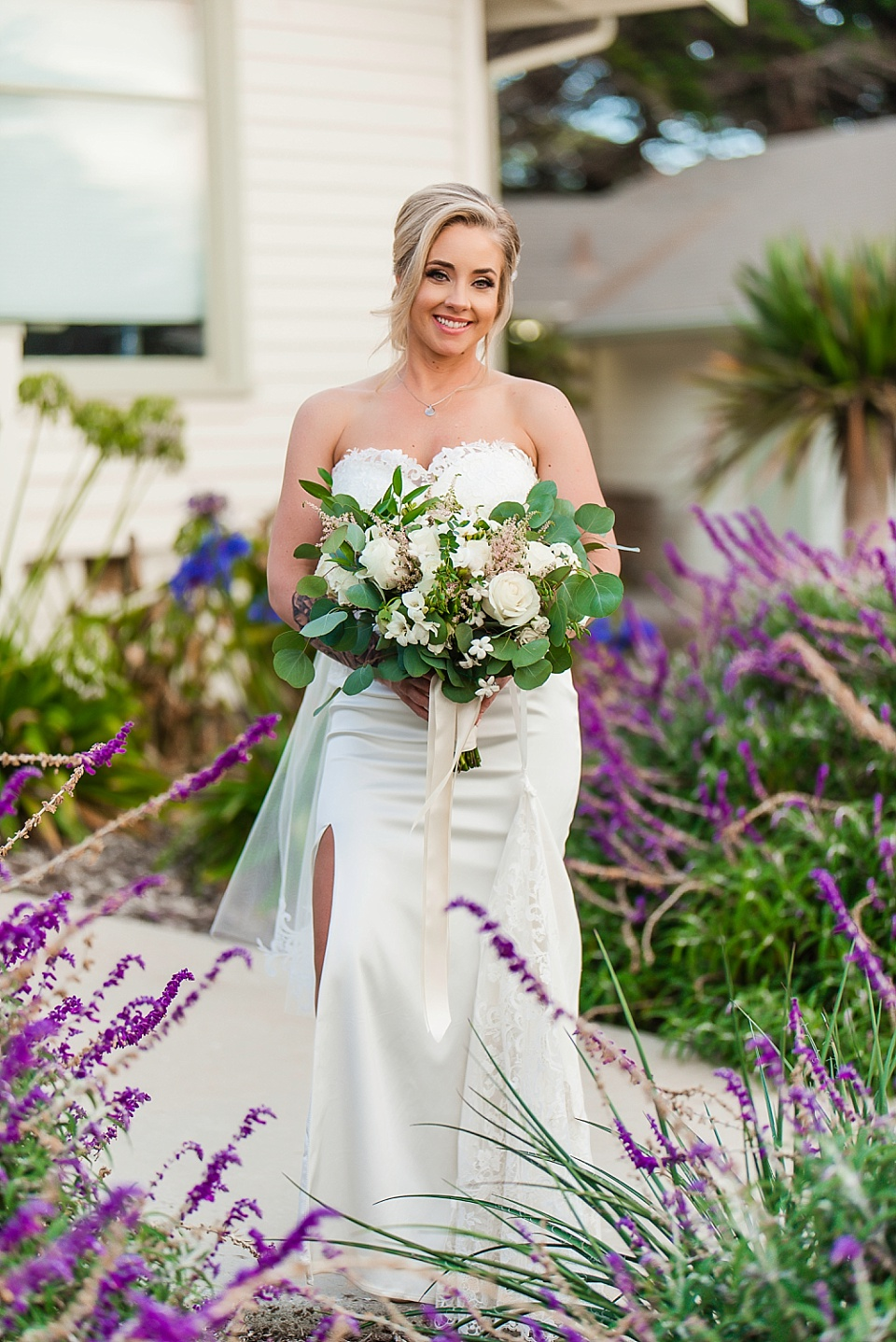 smiling bride full length portrait martin johnson house