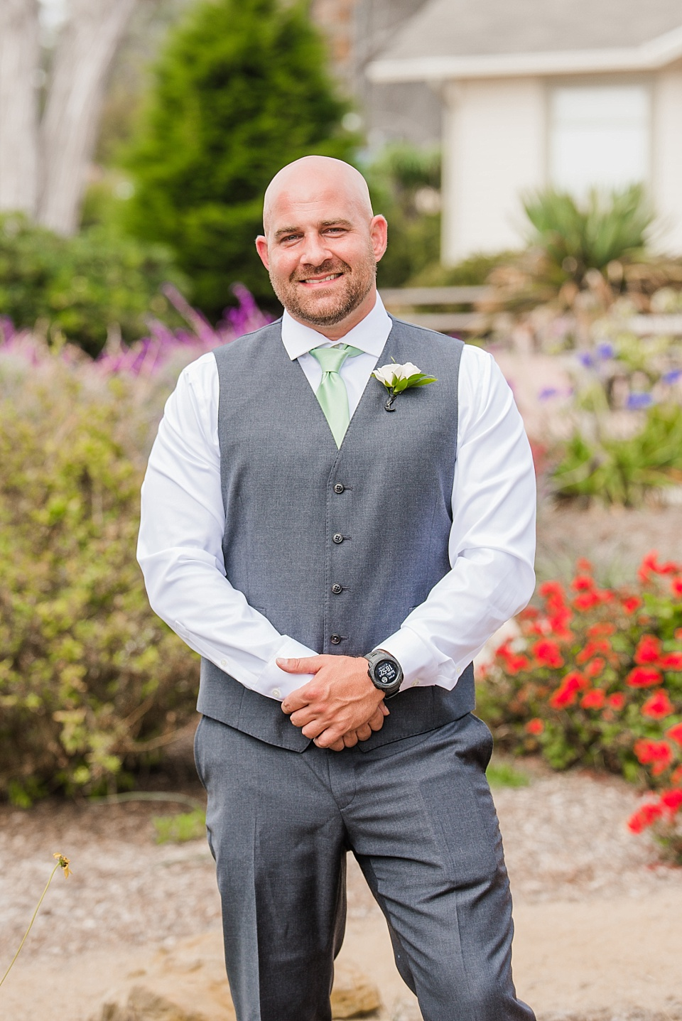 groom portrait at the martin johnson house